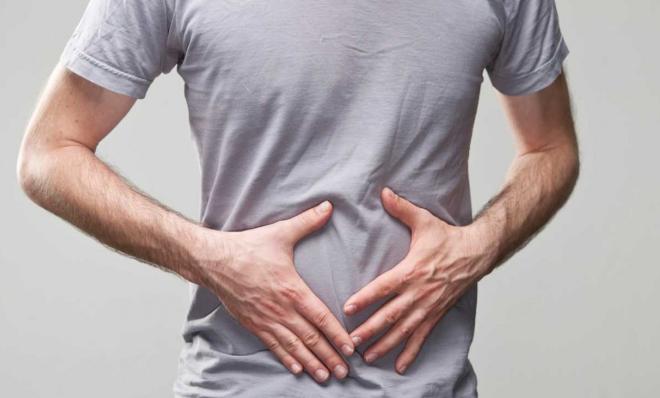 El colon acumula hasta 9 kilos de desechos