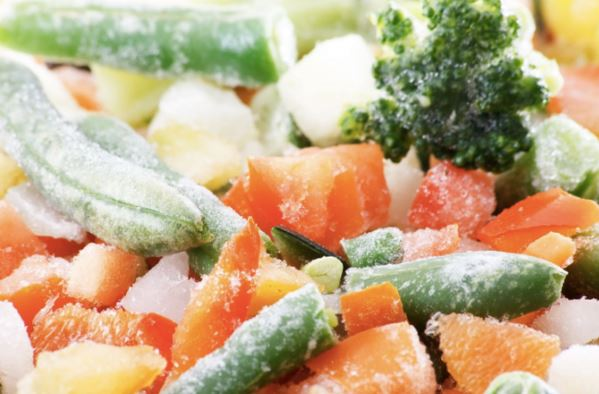 Es malo descongelar la comida de esta formaEs malo descongelar la comida de esta forma