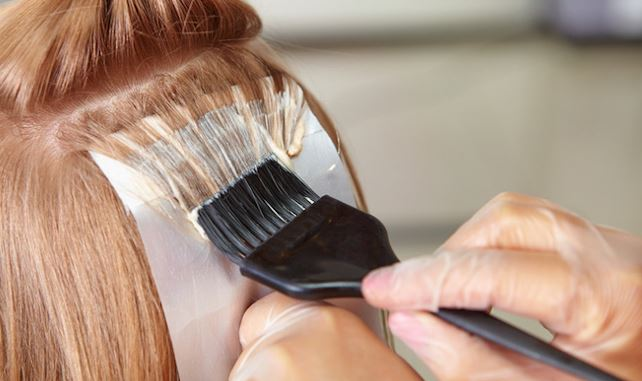 Teñirse el cabello durante el embarazo, a favor y en contra