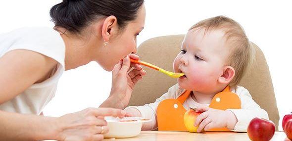 Alimentos que no deberías darle a tu bebé