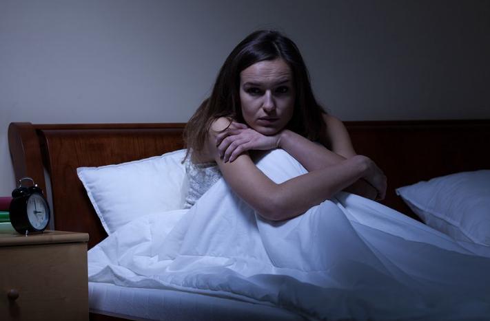 ¿Cómo identificar la ansiedad nocturna