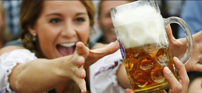 La cerveza es más efectiva contra las arrugas que las cremas antiedad
