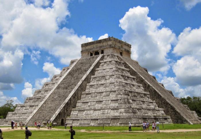 ¿Por qué desapareció la civilización maya?