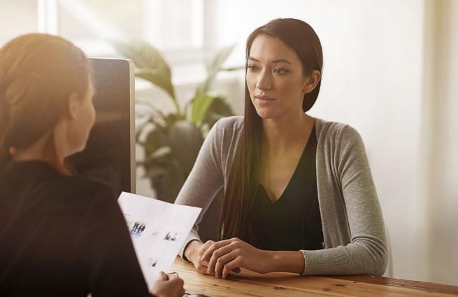 Consejos para que una persona tímida consiga un puesto de trabajo