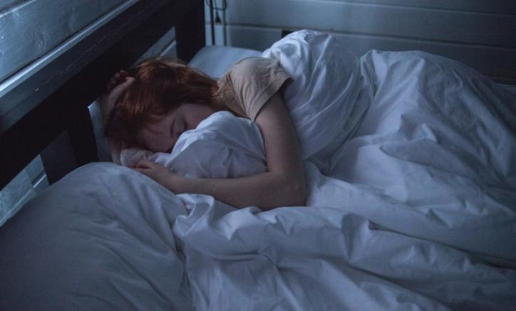 Dormir demasiado te puede causar este problema con la salud