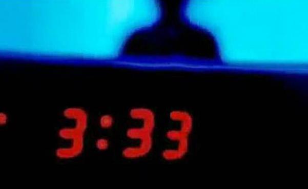 ¿Por qué las 3:33 am es la hora de los muertos